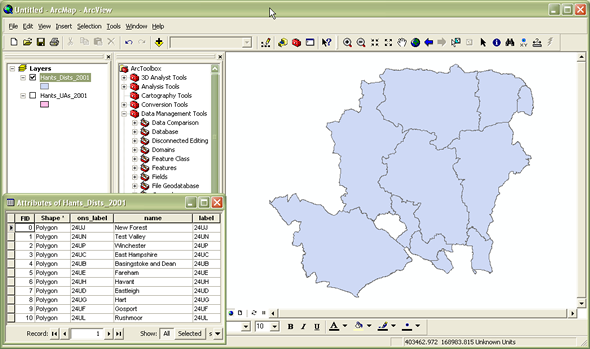 Merging shapefiles in ArcGIS